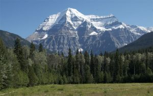 Mount Robson - Clear Day.jpg